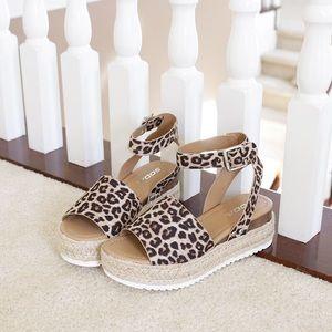 Sz 8 topic cheetah ankle strap sandal espadrilles